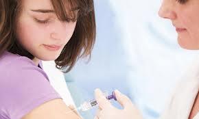 tiêm vawcxin phòng ung thư cổ tử cung, phong benh ung thu co tu cung