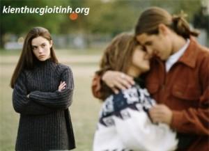 Làm gì khi chồng ngoại tình lung tung?