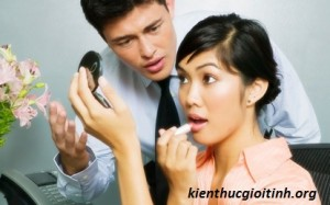Vợ giả vờ ngoại tình để chồng ghen