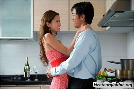 """Bếp cũng là nơi lí tưởng để làm """"chuyện ấy"""", bep cung la noi li tuong de lam """"chuyen ay"""""""