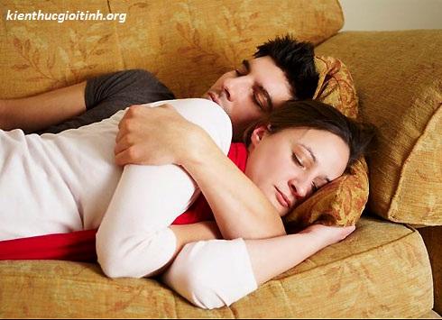 "Tại sao bạn gái tôi lại buồn tiểu khi ""yêu""? tai sao ban gai toi lai buon tieu khi ""yeu""?"