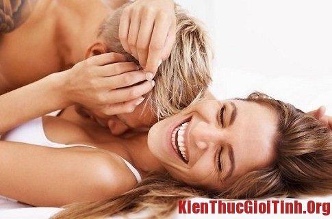 Tư vấn quan hệ lần đầu không đau và thuận lợi