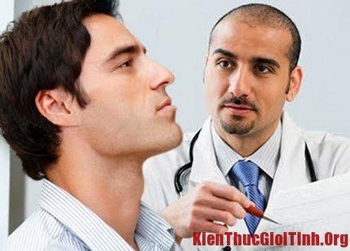 Đi tiểu buốt kèm theo mủ là bệnh gì?