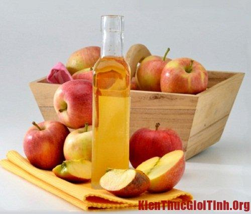 """Hướng dẫn cách khử mùi hôi từ """"cô bé"""" bằng dấm táo an toàn và hiệu quả"""