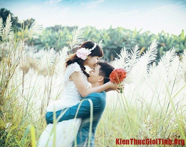 Địa điểm chụp ảnh cưới đẹp ở Hà Nội. Bãi đá sông Hồng. Địa điểm tham quan ở Hà Nội