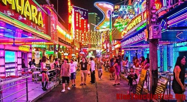 Phố đèn đỏ Walking Street Pattaya